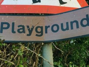 013 - PLAYGROUND